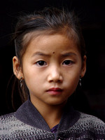 Young Tai Lue girl, Ban Nam Thoum